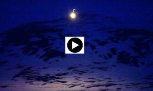Mount video 1,20 min loop 2013